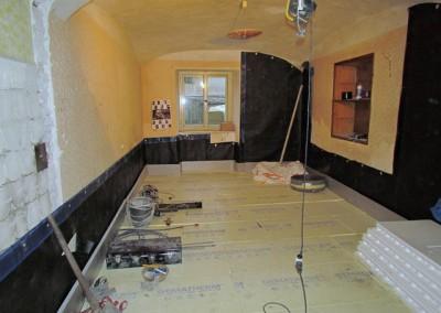 Tepelná izolace je založena, mohou se odlít podlahy.